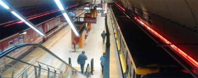 Estación Juan Manuel de Rosas Línea B