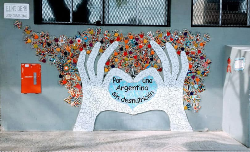 Inauguran mural en villa pueyrred n por una argentina sin for El mural pelicula argentina