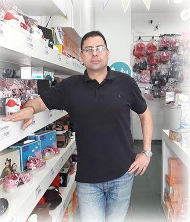 Julio Haddad, secretario de la asociación de comerciantes de Villa Urquiza