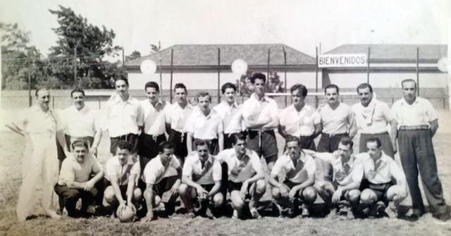 Equipo de futbol 17 de Octubre 1952